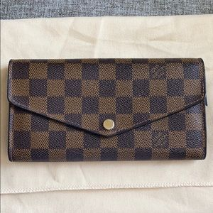 Louis Vuitton Damier Ebene Sarah Wallet NM